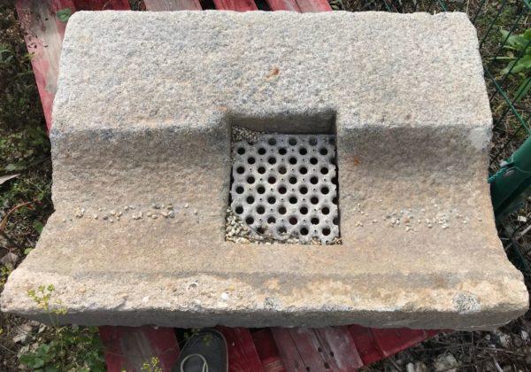 caniveau ancien parfait pour projet d'architecte