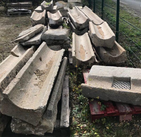 caniveau en pierre ancienne de caen