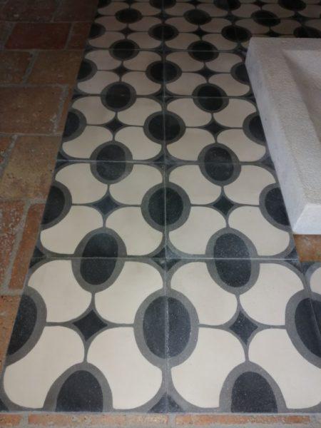 carreaux de ciment motif ovale vintage