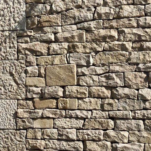 pierre de largeur libre pour moellon