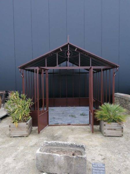 serre en métal de jardin couleur marron