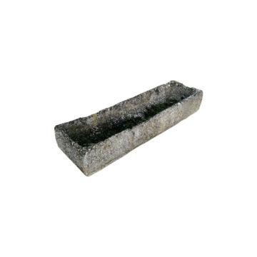 auge rectangulaire en pierre calcaire ancienne