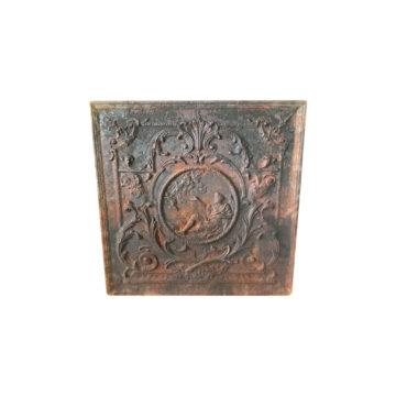 plaque de cheminée ancienne avec médaillon central