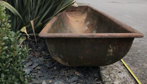 auge en fonte pour une décoration extérieur
