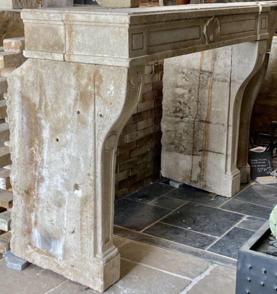 cheminée régence du XVIII ème
