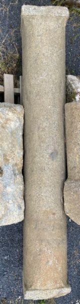 colonne avec moulure de style gothique
