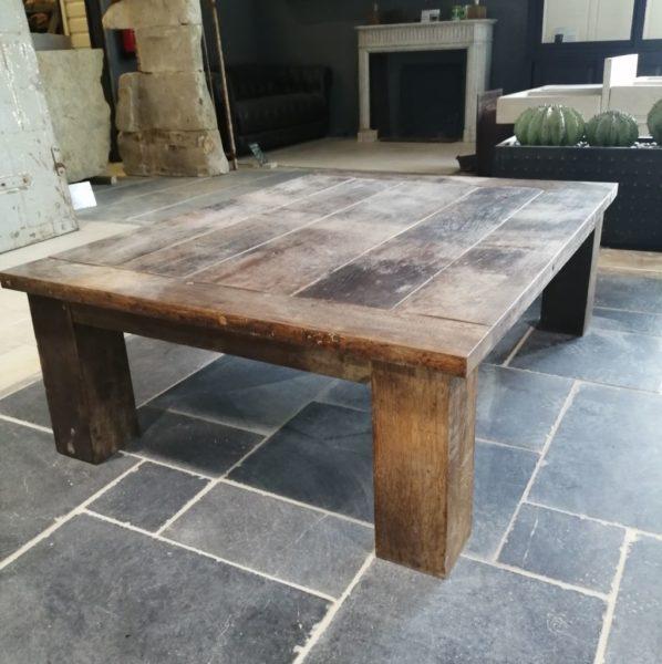 Table en chêne de tonneau