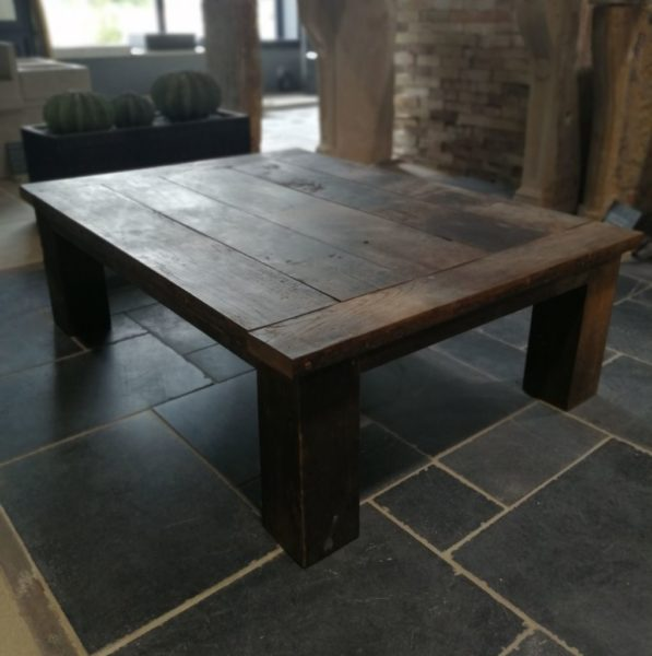 Table en chêne de provenance de tonneau ancien