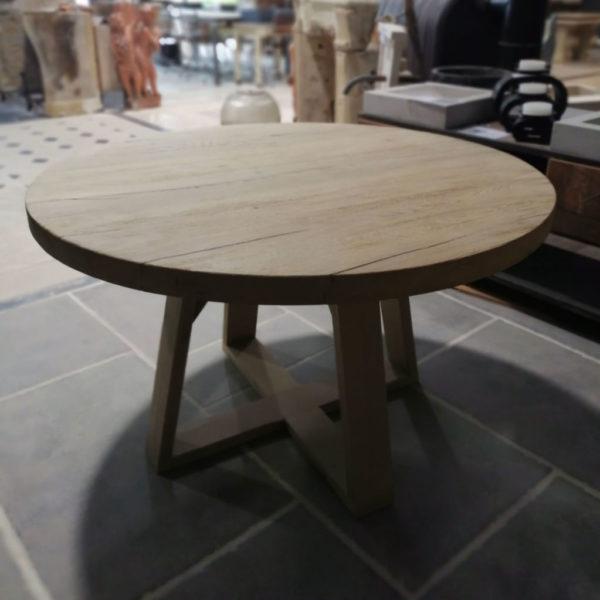 Table ronde en chêne avec finition brossé