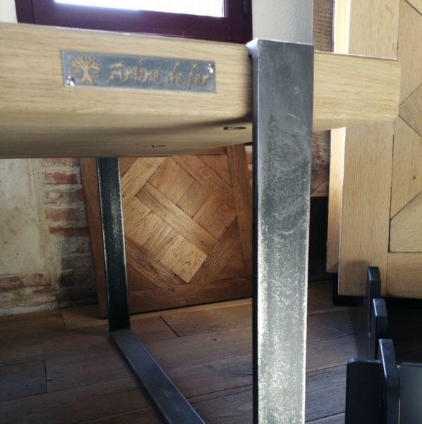 création métal avec table basse
