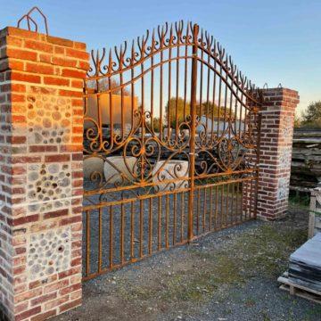 portail neuf en fer forgé