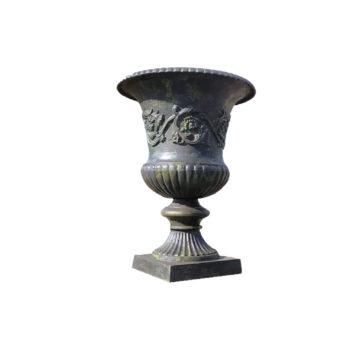 Vase médicis en fonte avec ornements
