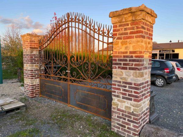 porte d'entrée en fer forgé