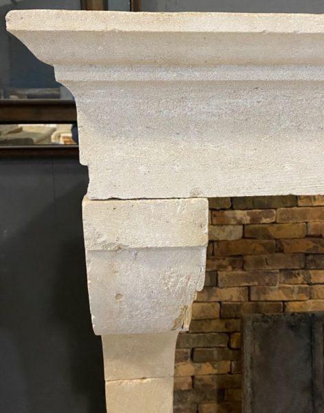 détails du linteau de la cheminée