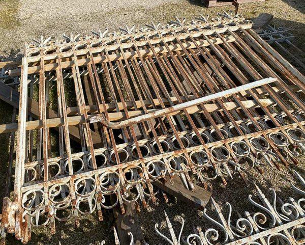 grilles en fer plein anciennes
