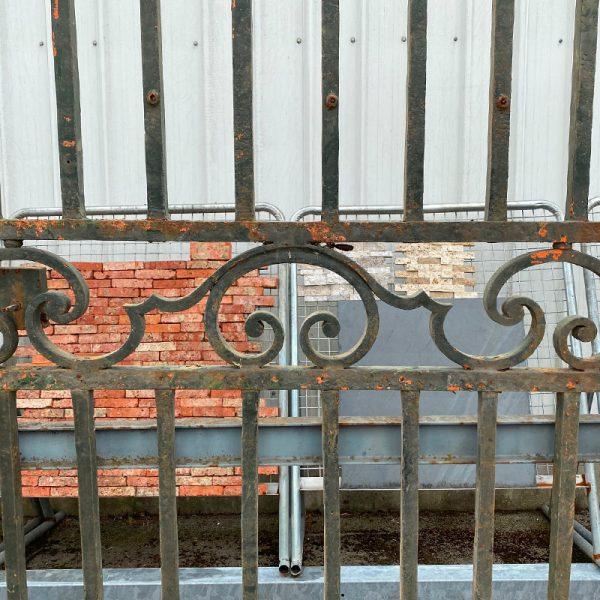 Barreaudage forgé du portail