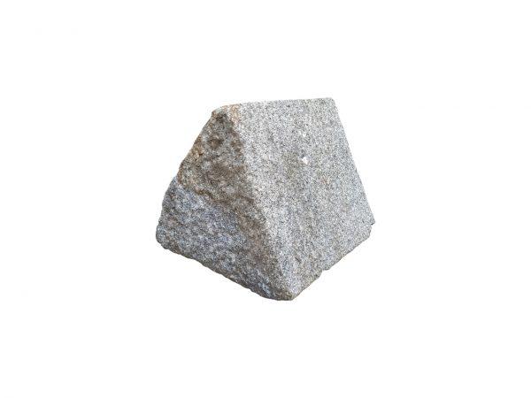 Paire de têtes de piliers triangulaires en Granit