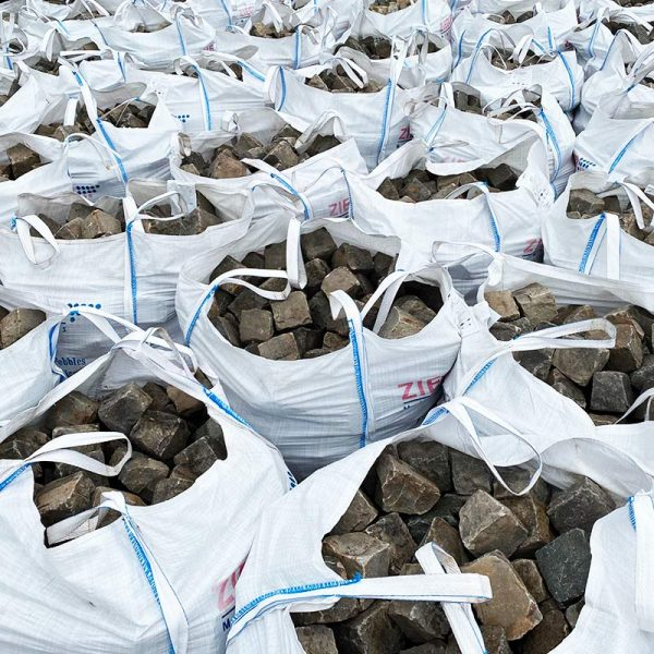 Notre stock de pavés en big bag