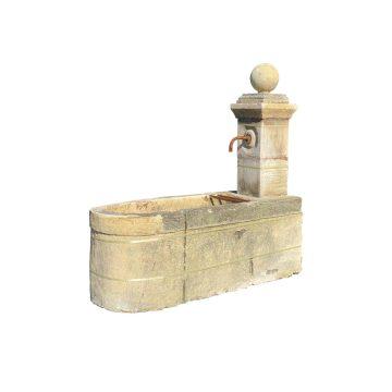 Fontaine ancienne du XVIIIème